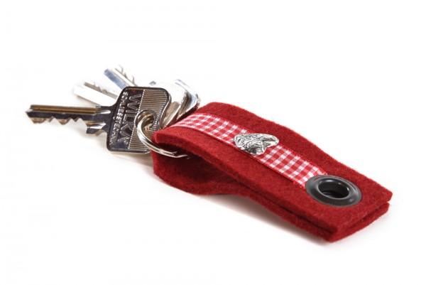 Almwild Schlüsselanhänger + Maßkrugmarker Almwild Band'l aus Schafwolle in Beerenrot mit Herz-Charm