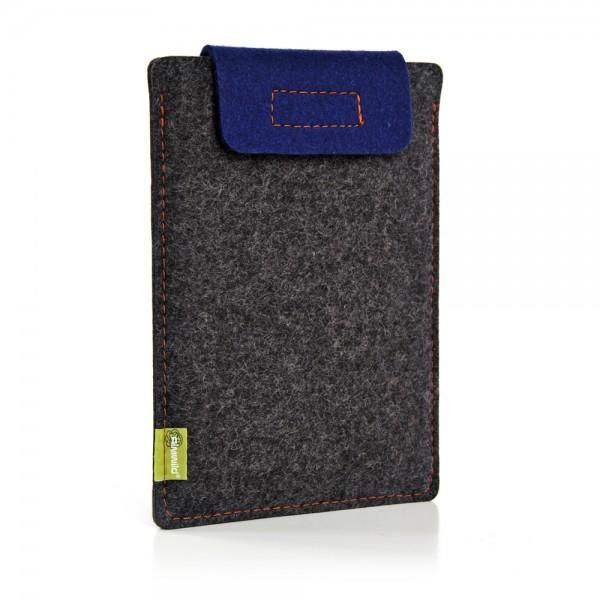 Almwild iPad Mini / Mini Retina - Sleeve Schiefergrau-Enzianblau Schofliesl mit Verschlusslasche in